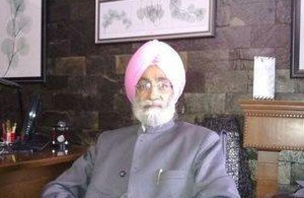 Bhupinder Mann recuses himself from SC committee on farm laws