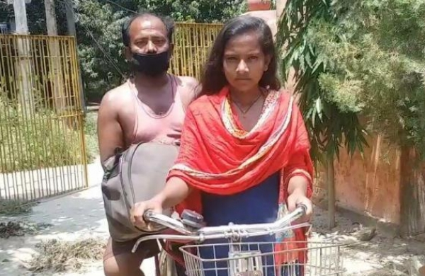 Bihar girl who cycled over 1,200-km to bringailing father home during lockdown rues missing chance to speak with PM