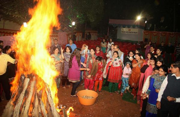 Farmers in Punjab burn copies of farm laws on Lohri