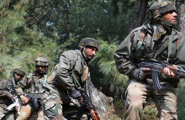 Foursoldiers injured in Pakistani firing along LoC in Jammu and Kashmir's Akhnoor sector