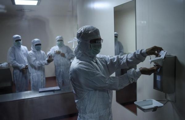 Inside the world's biggest vaccine factory, India's Serum Institute