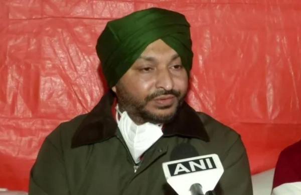 'Murderous attack': CongressMP Ravneet Singh Bittuassaulted at Singhu border, turban pulled off