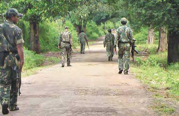 31-year-old wanted Maoist commander killed in Dantewada