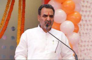 BJP, RLD supporters clash in UP's Muzaffarnagar in presence of union minister