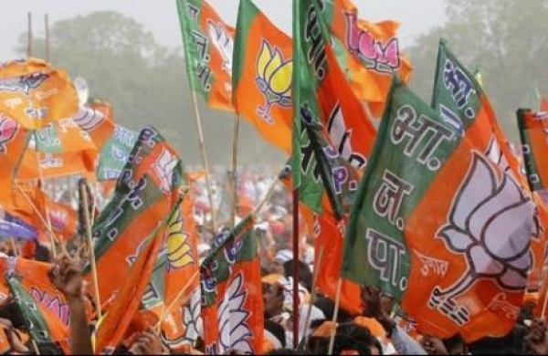 BJP workers protest in Kolkata against removal of leader from party post