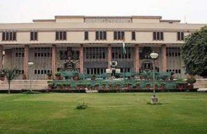 Dentist in Delhi High Court for criminal prosecution of NCB chief Rakesh Asthana, judge recuses