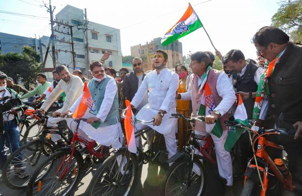 Fuel price rise: Congress MLAs ride bicycles to MP Assembly complex
