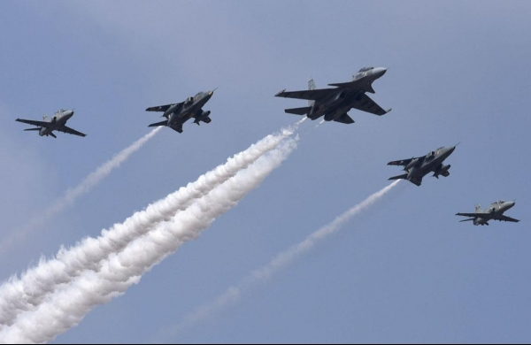 HAL looks at Rs 1 lakh croreorder book by 2022-end
