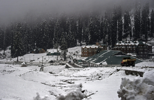 Kashmir hoteliers slam order to host Khelo India participants after cancelling Gulmarg bookings