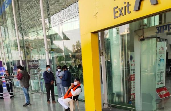 PM's brother Prahlad sits on dharna at Lucknow airport against detention of aides