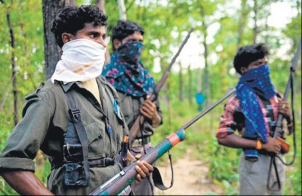 Two Naxals killed in encounter with police in Madhya Pradesh