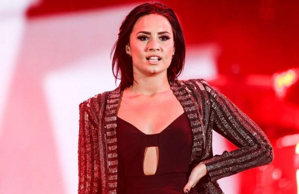 Demi Lovato saysengagement toMax Ehrich made her realise 'how queer' she is