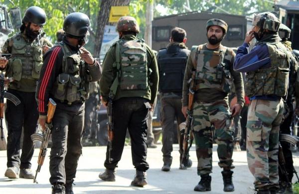 Encounter between security forces, militants in Shopian