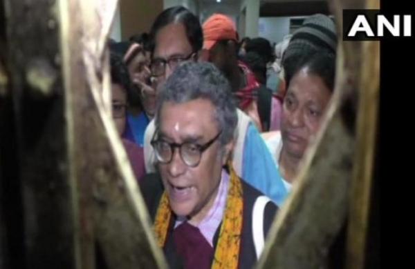 Rajya Sabha accepts Swapan Dasgupta's resignation