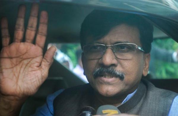 Some people in Delhi preparing to form UPA-II, claims Shiv Sena's Sanjay Raut