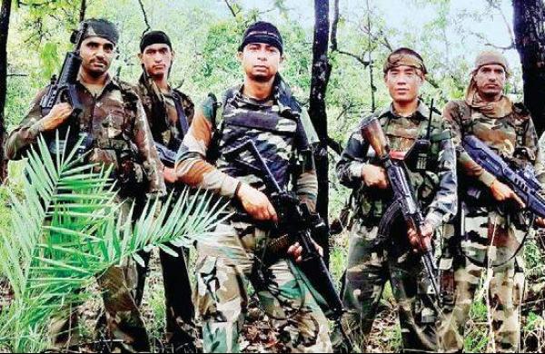 Assam Rifles apprehend threewith arms and ammunitions inAizawl