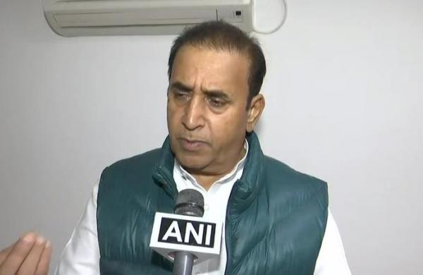 CBI quizzes ex-Maha home minister Anil Deshmukh for 8 hours