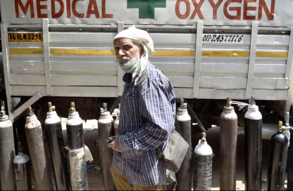 Covid-19: These three sectors exempted from Centre's ban on non-medical use of liquid oxygen