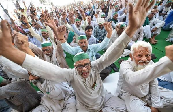 'Farmers haven't left protest sites': Rakesh Tikait's reminder to Modi government