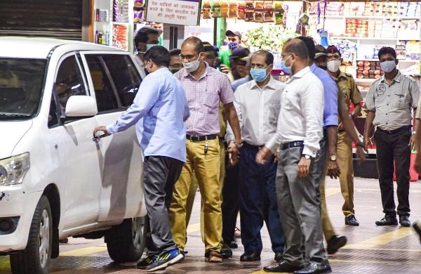 Hiran murder case: NIA takes Waze to CSMT to recreate scene