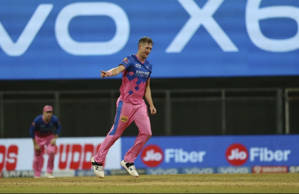 IPL amid pandemic: It's our responsibility to give people some reason to smile, says Chris Morris