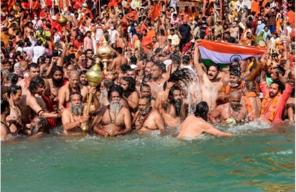 Kumbh Mela: Seers keep last Shahi Snan symbolic