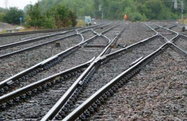 Man kills father-in-law, dumps body on railway trackin Maharashtra's Thane