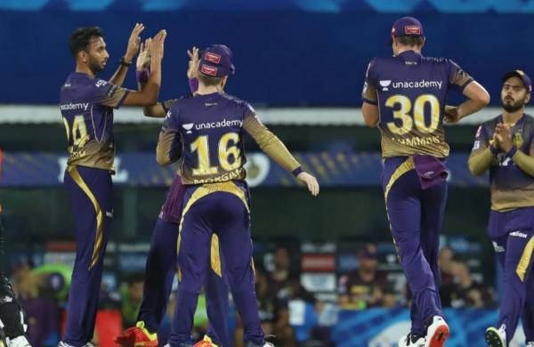 Manish Pandey's efforts go in vain as Kolkata Knight Riders beat Sunrisers Hyderabad by 10 runs