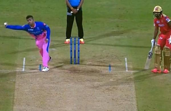 Rajasthan Royals bowler Riyan Parag latest to use 'perpendicular' action