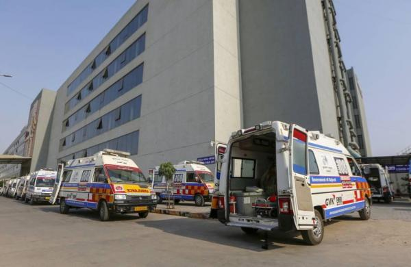 Running out of hospital beds,crematoriums as COVID-19 cases, deaths climb across India