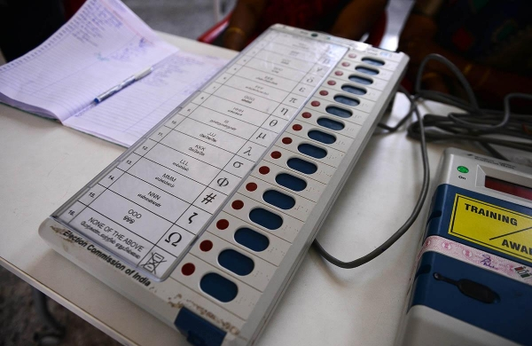 Two injured as police fires rubber bullets to prevent mob from snatching EVM in Assam