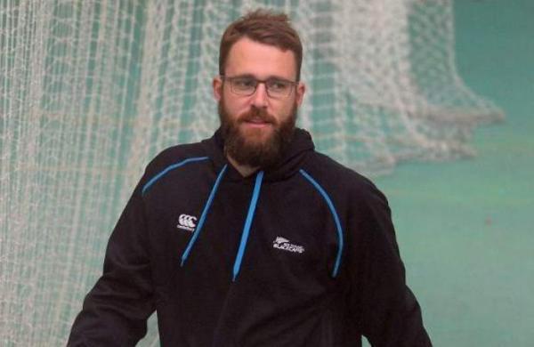 Virat Kohli and AB de Villiers' presence will hopefully allow Glenn Maxwell to have a good IPL, feels Daniel Vettori