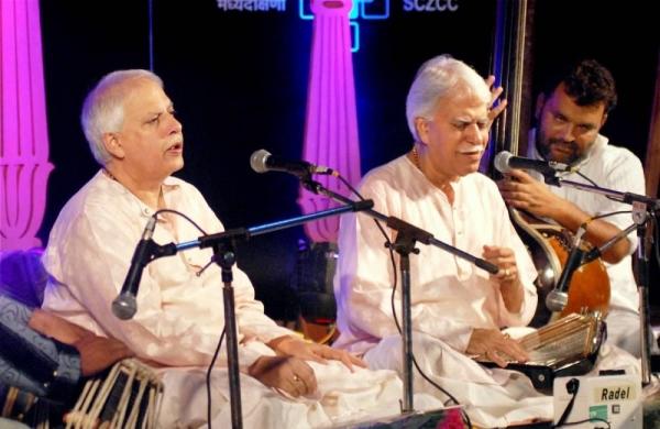 Vocalist Rajan Mishra dies of COVID at Delhi hospital, efforts to secure ventilator failed