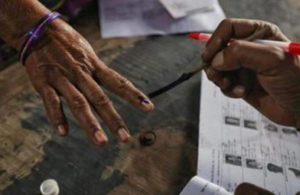 Voting for third phase of Uttar Pradesh Panchayat election begins