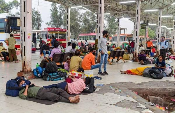 Yogi government vs court: UP approachesSC against Allahabad HC's lockdown order