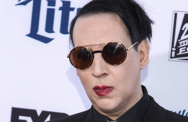 Arrest warrant issued against Marilyn Manson for allegedly spitting on camerawoman at concert