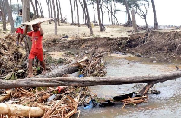 Cyclone Yaas: Houses, shops damaged at West Bengal's Digha, small shop owners lose only source of income
