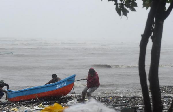 Cyclone effect: Orange, yellow alerts declaredfor heavy rains in 13 districts of Madhya Pradesh