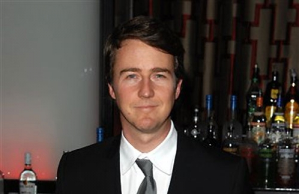 Edward Norton joins the cast of Knives Out 2