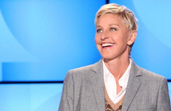 Ellen DeGeneres moves into Courteney Cox's home