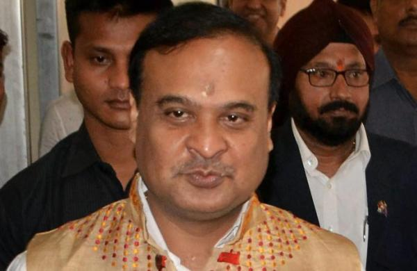 Himanta Biswa Sarma takes stock of COVID situation in Assam-West Bengal border areas