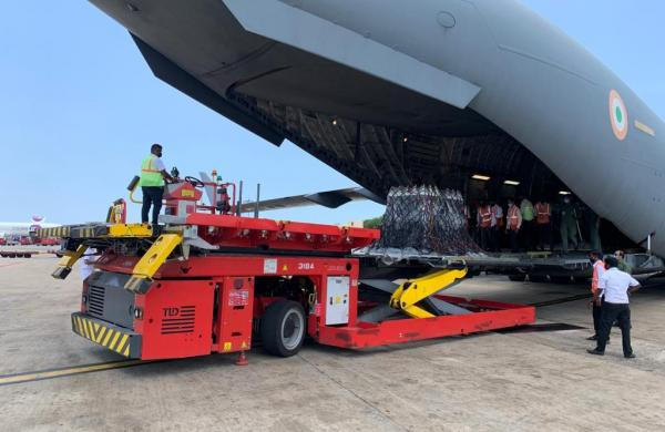 IAF C17 crew bring 37 tonnes of oxygen from UK in 35-hour flight journey