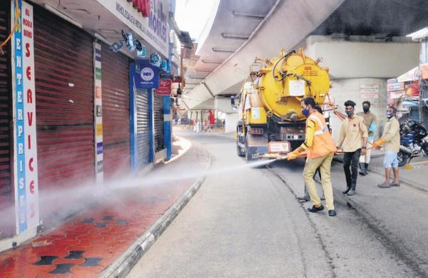 Kerala, Rajasthan goes for lockdown; Maharashtra tops 60,000 cases again