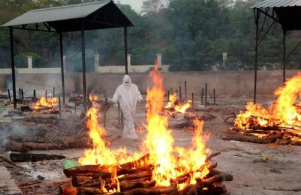MP COVID crisis:Bhopal crematorium gives refuge to kin of deceased patients