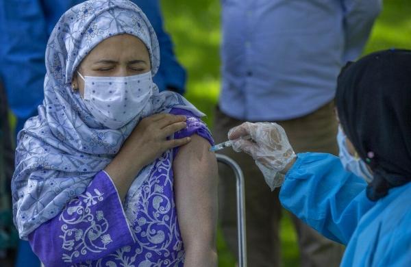 Only way to decrease variants of COVIDis by increasing vaccination:Gagandeep Kang