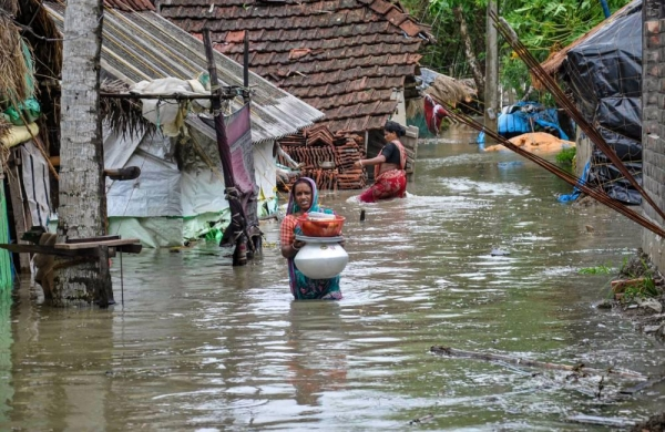 Sea water inundates residential areas in coastal Bengal as cyclone 'Yaas' unleashes fury