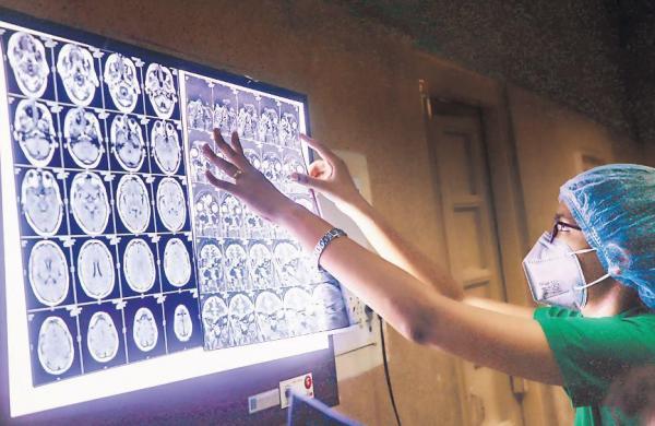 27 black fungus patients fall sick after Amphotericin-B shot in Madhya Pradesh