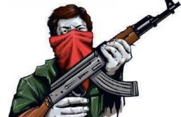 Chhattisgarh: ThreeNaxals surrender in Dantewada