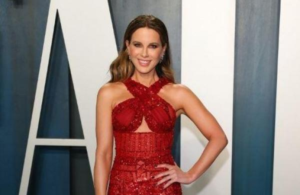 Kate Beckinsale collaborating with Catherine Hardwicke for feature film 'Prisoner's Daughter'