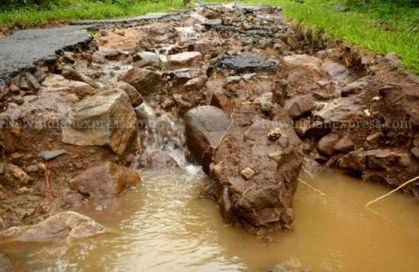 Landslide washes away portion of NH 55 in West Bengal's Darjeeling